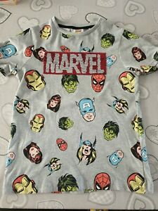 Two Boys Marvel T Shirt age  9 Years