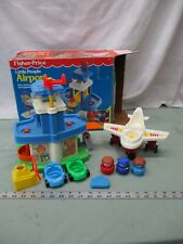 Vintage Fisher Price Little People Airport 2558 Toy Airplane Pilot Play