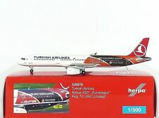 "Herpa Wings Turkish Airlines Airbus A321 ""Euroleague - Uludag"" 1:500 (526876)"