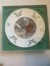 Royal Doulton 1980 Christmas Plate Fourth of a Series Santa