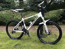 Excellent condition Boardman Mountain Bike