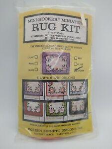 1:12 Dollhouse  Mini-Hooker Miniature Floral Rug Carpet Kit Doreen Sinnett