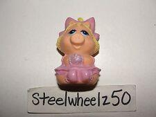 Vintage Muppet Babies Miss Piggy Finger Puppet Avon 1985 Plastic PVC Shampoo HTF