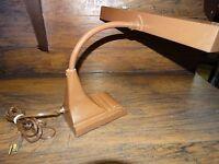 14910/ Vintage Dazor Desk Lamp Industrial Drafting Articulating  Arm Light