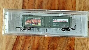 Micro Trains Line 50' Std Box Car Smokey Bear Fire Prevention Car 3 Z scale