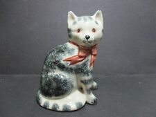 RYE POTTERY CAT WITH PINK BOW