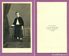 CDV CAZOT-BERNABÉ à LYON : JEUNE GARÇON AVEC JOUET FUSIL CARABINE, TOY, 1870-K11