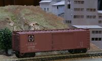 HO SCALE FREIGHT CAR TRAIN MINIATURE 2002 SANTA FE 40' DBL SHEATHED WOOD BOXCAR