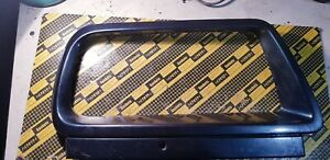 suzuki sidekick,vitara, escudo 95-98 right passanger side   Bezel Headlamp