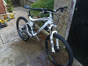 Trek fuel evo ex8 full suspension mountain bike
