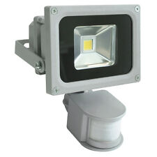 CROMPTON Weatherproof IP65 LED Sensor Floodlight 240V 10W Silver 27313