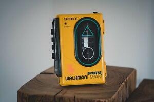 Sony Walkman WM-F35 Vintage Cassette Player SPORTS Edition Rarität FM/AM Radio