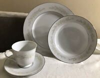Sango Four Crown China Sintra Dinnerware SET SERVICE For 8  - 33 Pieces