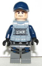 Lego New Jurassic World ACU Trooper Vest Male Angry from Set 75917
