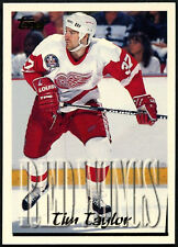 Tim Taylor #132 Detroit Red Wings Topps 1995-6 Ice Hockey Card (C531)