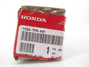 Genuine OEM Honda 71124-TP6-A01 Left Front Center Grille Molding