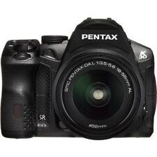 Near Mint! Pentax K-30 with DAL 18-55mm Black - 1 year warranty