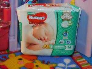 HUGGIES ULTIMATE DIAPERS BAG fits Zuru Mini Brands Miniatures L@@K!! RARE