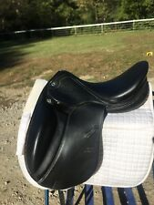 Stubben D Portos Deluxe 31cm Tree 17.5 Seat Dressage Saddle.
