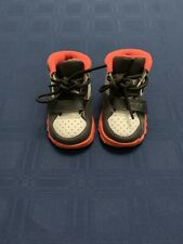 Nikw Trainer Sc ll Size 4C Toddler