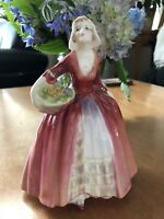 """LOVELY EARLY ROYAL DOULTON PORCELAIN FIGURINE """"JANET"""" WITH FLOWERS HN1537 C.1932"""