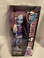 MONSTER HIGH SCARIS CITY OF FRIGHTS ABBEY BOMINABLE Mattel 2012 NIB BRAND NEW