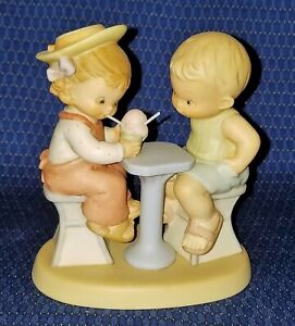 Memories of Yesterday Lucie Atwell FRIENDSHIP MEANT BE SHARED figure ice cream