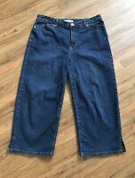 CHICO'S 1.5 Platinum Capri Dark Wash Crop Jeans Blue Denim Stretch Size 1.5 / 10