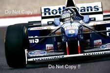 Damon Hill Williams FW18 WINNER FRENCH GRAND PRIX 1996 fotografia 1