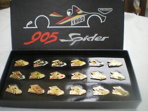 Coffret Pin's de la Coupe Peugeot 905 spider 1992 des 18 pilotes Neuf Rare