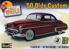 Revell,Monogram 1/25th Kit '50 Olds Custom New American Cruiser Hot Rod