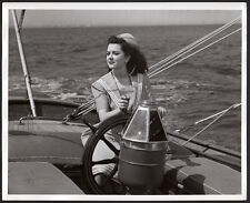 ANN RUTHERFORD sexy sailor girl VINTAGE ORIG PHOTO actress portrait on sailboat