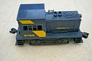 LIONEL REPUBLIC STEEL SWITCHER DIESEL ENGINE 8769! O GAUGE TRAIN DC POWER