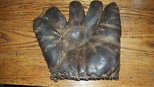 """New listing Vintage 1920's Split Finger """"Buckle Back"""" fielder's glove ..supple, great patina"""