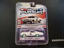 GREENLIGHT 1/64 HOT PURSUIT 1967 CHEVROLET IMPALA INDIANA STATE POLICE CHASE CAR