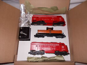 AMERICAN FLYER # 20201 SANTA FE A-A  FREIGHT SET IN REPRO  BOX NICE!  LOT M-137