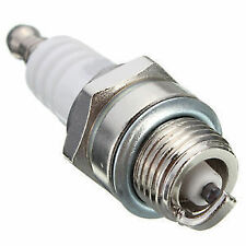 Spark Plug for Petrol Chainsaw / Honda EBK 650 Generator / Trimmer Universal