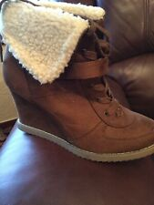 ladies Tan ankle boots size 7