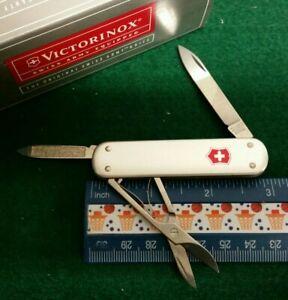 Victorinox Money Clip knife, Silver Alox handles, 53740