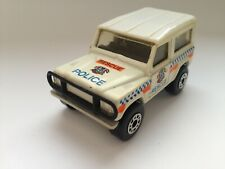 Matchbox Land Rover Ninety POLICE RESCUE  1987 Thailand  1:62