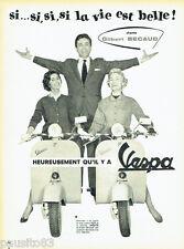 PUBLICITE ADVERTISING 076 1957 Scooter Vespa avec Gilbert Bécaud