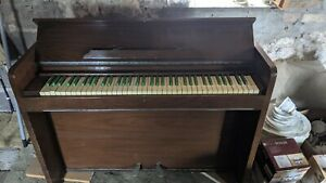 Vintage Bijouette Ship Piano With Green Keys Rare great for bands
