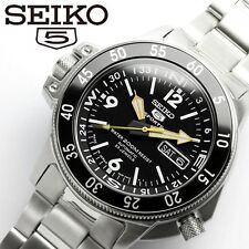 SEIKO 5 SPORTS SKZ211J1 (SKZ211JC) Automatic Day Date DIVER'S 200M Made in Japan