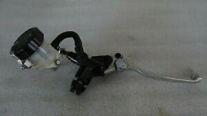22. Suzuki Gsxr 750 W GR7BB Brake Pump Front Right Brake Cylinder