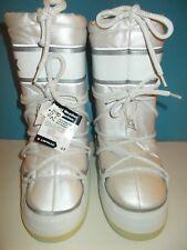 VINTAGE 80's Airwalk White Snow Winter Boots / Space Women's Size 7-8