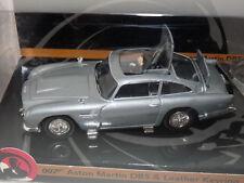 Corgi. James Bond. Aston Martin Db5. Marks & Spencer. avec Porte Clé Cuir 007