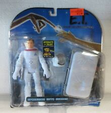 Toys R Us Exclusive E.T. interactive Spaceman with Gurney figure