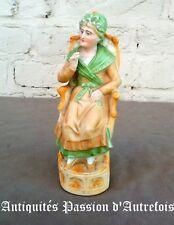 B20171021 - Figurine de 19 cm en biscuit de porcelaine 1950-70 - Très bon état