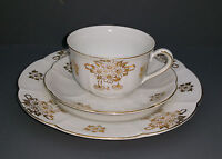 Old Coffee / Tea Place setting - white / gold - 3 pieces
