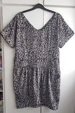 Dorothy Perkins black & white spot print dress size 14